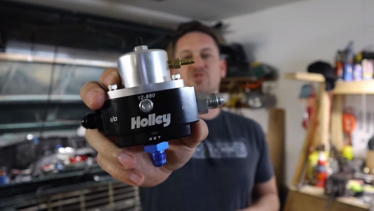 How to Clean Fuel Pressure Regulator